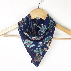 A new day | Square scarf